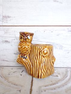 Vintage Owl Toothpick Holder Tree Stump Darling by sorrythankyou79