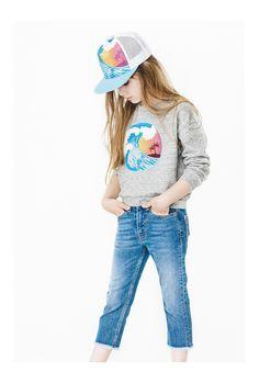 Finger in the Nose loves short denim for kids. Stylish Outfits, Kids Outfits, Summer Outfits, Summer Girls, Spring Summer, Tween Girls, Boys, Kid Styles, Teen Fashion
