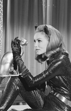 Julie Newmar as Catwoman for the 'Batman' TV series, 1966 Golden Age Of Hollywood, Classic Hollywood, Old Hollywood, Batman Tv Show, Batman Tv Series, Batman Y Robin, Batman 1966, Original Catwoman, James Gordon