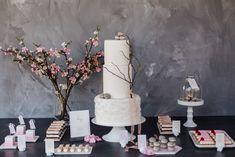 Hochzeit feiern im Frühling | Backlinse Industrial, Boho, Vintage, Real Flowers, Marriage Anniversary, Industrial Music, Bohemian, Vintage Comics