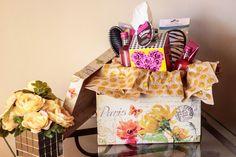 DIY Gift Basket with KLEENEX® Betsey Styled Single Packs - Trendy Curvy #KleenexStyle #Ad
