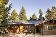 Why You Should Consider Buying a Log Cabin - Rustic Design Story House, My House, Plan Chalet, Cabin Porches, Modern Mountain Home, Cabin In The Woods, Wooden Cabins, Porch Lighting, Cabin Homes