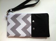 $16 Wristlet - Faux Leather Wristlet - Zipper pouch - Wristlet Wallet - Clutch - Clutch Purse - Bag - Removable Wristlet - Boutique