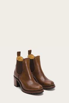 5283bb734458e0 Women Leather Shoes Boots   Sandals