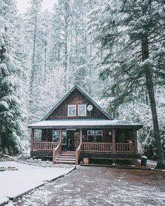 Let it snow, let it snow, let it snow! ❄ Photo by @tim_urpman  Share your winter wonderland with us : #cabinlife