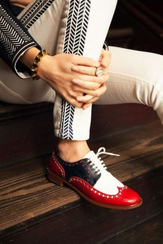Easy And Cheap Useful Tips: Basketball Shoes Drawing trendy shoes boots.Fashion Shoes Wedges new balance shoes Comfortable Zapatos. Red Shoes, Cute Shoes, Me Too Shoes, Shoes Men, Brogues Womens Outfit, Mode Pop, Summer Shoes, Fall Shoes, Winter Shoes