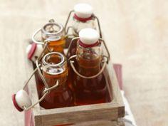 Holundersirup ist ein Rezept mit frischen Zutaten aus der Kategorie Getränke. Probieren Sie dieses und weitere Rezepte von EAT SMARTER!