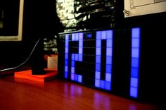 Despertador Led http://www.regaletes.com/despertador-led-p-875.html $69.00