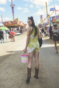 of June , Elite Avenue model, Tayla Hill and the Wicked Tales Team came together while the Rockhampton Show was in town to do a Carnival Style Photoshoot. Fair Photography, Carnival, June, Photoshoot, Model, Style, Fashion, Swag, Moda