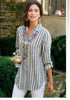 Aruba Pullover - Floral Top, Paisley Top, Womens Striped Button Up Kurta Designs, Blouse Designs, Modest Fashion, Fashion Dresses, Fashion Shirts, Indian Designer Wear, Elegant Outfit, Look Chic, Mode Style