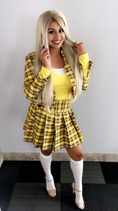 DIY and create your very own cher clueless outfit. Yes I am talking about that yellow plaid skirt woren by Alicia Silverstone in the 1995 cult fav Clueless. Grunge Outfits, Plaid Outfits, Skirt Outfits, Yellow Plaid Skirt, Yellow Cardigan, Plaid Skirts, Cher Clueless Outfit, American Apparel, Fancy Music Video