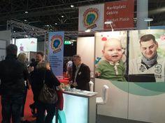 +++ #REHACARE 2014 – Selbstbestimmt leben+++ Die Messe #Düsseldorf war vom 24. bis 27. September 2014 wieder internationaler Treffpunkt der #Pflege- & #Rehabranche. Über 51.000 Experten und Betroffene nutzten nach Angaben der Veranstalter die Möglichkeit, sich bei 902 Ausstellern aus 36 Ländern über Trends und Angebote des Wachstumsmarktes Pflege und #Rehabilitation zu informieren. Unser Bericht: http://www.gip-intensivpflege.de/ueber-die-gip/pflegenews/rehacare-2014-selbstbestimmt-leben…