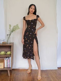 Girly Outfits, Cute Casual Outfits, Pretty Outfits, Pretty Dresses, Dress Outfits, Casual Dresses, Fashion Dresses, Dress Up, Vintage Midi Dresses
