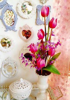 Composição em branco e rosa. Romantico e atemporal
