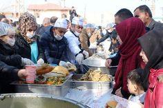 Edremit'te '2. Geleneksel Ayran Aşı Balık Başı' festivalinden Renkli Görüntüler…