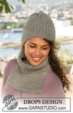 "DROPS - Set comprises: DROPS hat and neck warmer in textured pattern in ""Karisma"". - Free pattern by DROPS Design Finger Knitting, Loom Knitting, Knitting Patterns Free, Free Knitting, Free Pattern, Crochet Patterns, Scarf Patterns, Knitting Tutorials, Drops Design"
