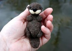 lil fish studios: an otter class - a needle felted sea otter