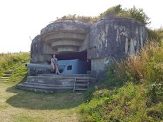 Atlantikwall Regelbau Artillery Casemate, Bunker with Embrasured emplacement for 17 cm gun Survival Prepping, Survival Skills, Bunker Hill Los Angeles, Doomsday Machine, Bunker Hill Monument, Doomsday Bunker, Underground Shelter, Ammo Storage, Oil For Stretch Marks