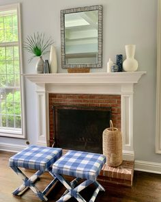 A traditional and country cozy fireplace decor vibe perfect for fall! Pair these French Blue Check X Benches with your fireplace to create a cozy moment in your interior decorating. 📷 @annettebarrettdesign X Bench, Benches, French Bench, Living Room Decor Inspiration, Fall Color Palette, Cozy Fireplace, French Blue, Blue Check, Interior Decorating