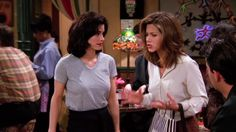 Recap of Friends Season 1 Episode 20 (S01E20) - 6