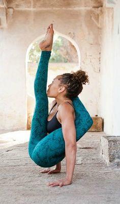 Chakorasana - Balance Your Mind & Body Try These 11 Bizarre Yoga Poses
