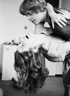 carrie fisher & mark hamill - Always thought they'd have made such a cute couple. Star Wars Cast, Star Wars Film, Images Star Wars, Star Wars Pictures, Carrie Frances Fisher, Princesa Leia, Star War 3, Love Stars, Luke Skywalker