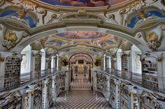 Biblioteca da Abadia de Admont, Austria