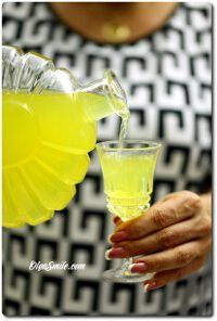 Limoncello, Lemon Liqueur, Irish Cream, Cocktails, Drinks, Lunch Box, Food And Drink, Drink Recipes, Pantry