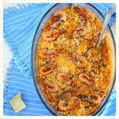 Greek Recipes, Vegan Recipes, Cookbook Recipes, Cooking Recipes, Cod Fish Recipes, Fish Plate, Tasty, Yummy Food, Orzo