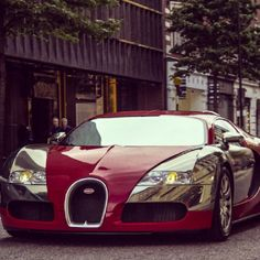 colour combi dark re and chrome. Nice. Iron-Man like Bugatti Veyron!  car wrap vinyl foil