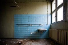 Sink by 96dpi, via Flickr