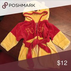 Pooh bear robe Pooh bear robe new Pajamas Robes