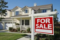 """You've heard it before: List your home early in the year. That way, you'll be ready to close the deal when home sales peak in June. But whatexactly does """"early in the year"""" mean? Based on an analysis of supply, demand and sellers' outcomes in """"Zillow Talk: The New Rules of Real Estate,"""" co-authors Spencer Rascoff and Stan Humphrieshave revealedthe magic window to list your home: mid-March to mid-April. (For those who likesports analogies, thinkMarch Madness toThe Masters.) We also…"""