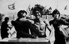 Tai Chi, Kung Fu, Wing Chun, Swords (the-history-of-fighting: Enter the Dragon) Martial Arts Styles, Martial Arts Movies, Bruce Lee Facts, Kung Fu Movies, Bruce Lee Photos, Jeet Kune Do, Art Of Fighting, Enter The Dragon, Little Dragon