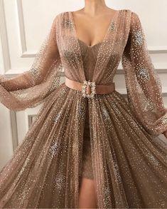 kleider sale Source by Black Evening Dresses, Elegant Dresses, Pretty Dresses, Beautiful Dresses, Formal Dresses, Casual Dresses, Awesome Dresses, Wedding Dresses, Prom Dresses Long With Sleeves