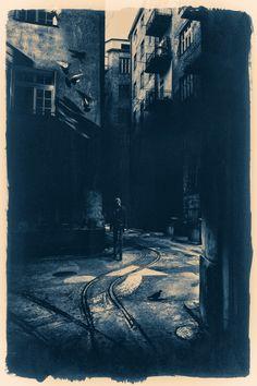 Photo Nadia in den Städten | Cyanotypie by Dragan Todorović on 500px