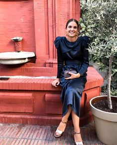 40 Likes, 2 Kommentare - Guadalupe Salinero ( in Instagra . 80s Fashion, Modest Fashion, Love Fashion, Runway Fashion, Girl Fashion, Vintage Fashion, Fashion Outfits, Fashion Tips, Trends
