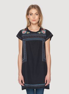 Johnny Was Clothing JWLA embroidered linen Anastasia Peasant Tunic in Black