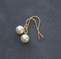 Conjunto de aretes de oro de Dama de honor de 8 marfil crema