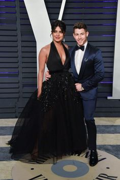 "14 Times Nick Jonas and Priyanka Chopra's Coordinated Outfits Made Us Think ""They Definitely Planned This"" Celebrity Dresses, Celebrity Style, Vanity Fair Oscar Party, Fashion Couple, Nick Jonas, Old Hollywood Glamour, Night Looks, Priyanka Chopra, Celebs"
