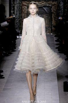 {Love Notes}. El blog de bodas de Vintage & Chic: {Blanco Valentino. Y de canutillos y celosías}