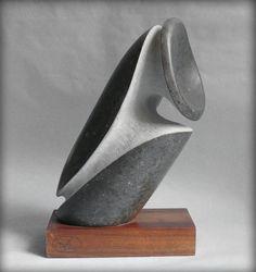 Victor Reyes | Piedra viva, escultura pétrea, arte eterno.