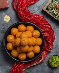 Sweets Photography, Amazing Food Photography, Food Photography Tips, Indian Desserts, Indian Food Recipes, Indian Sweets, Healthy Breakfast Recipes, Vegetarian Recipes, Cooking Recipes