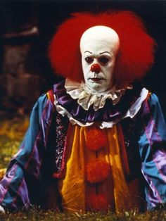 Medium Hair Cuts, Medium Hair Styles, Curly Hair Styles, Tim Curry Pennywise, Roy Clark, Clown Clothes, Haircuts For Curly Hair, New Poster, Poster Wall