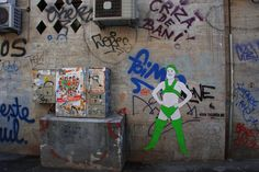 Street Art by Brazilian artist Leticia Raasch aka GRANDS