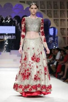 Varun Bahl AIFW 2015 Indian wedding lehengas #shaadibazaar #lehenga #indianwedding