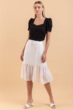Tall Women Fashion, Womens Fashion, Lace Skirt, Midi Skirt, Casual, Ideias Fashion, Off White, Ballet Skirt, Skinny