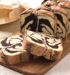 Ecco per voi la ricetta per preparare un favoloso Plum cake bicolore, un dolce genuino e goloso perfetto per tutta la famiglia, soprattutto per i bambini.