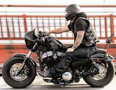 Triumph Bobber, Bobber Bikes, Harley Bobber, Harley Bikes, Bobber Motorcycle, Bobber Chopper, Motorcycle Style, Moto Bike, Yamaha Motorcycles
