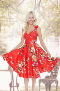 #topvintage The Pretty Dress Company Coral Floral Swing Dress 102 29 13892 5TopVintage FB